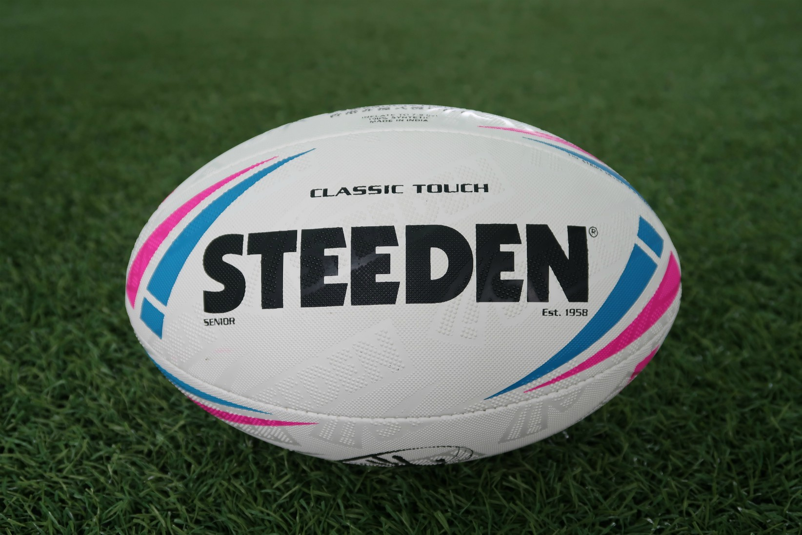 STEEDEN - CLASSIC TOUCH MATCH BALL - Now On Sale! thumbnail